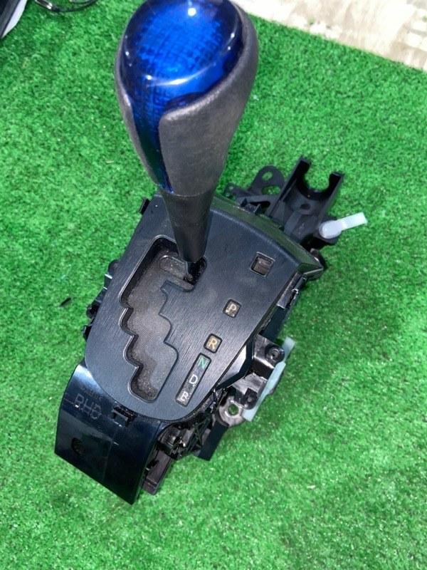 Селектор акпп Toyota Aqua NHP10 1NZFXE 2014 (б/у)