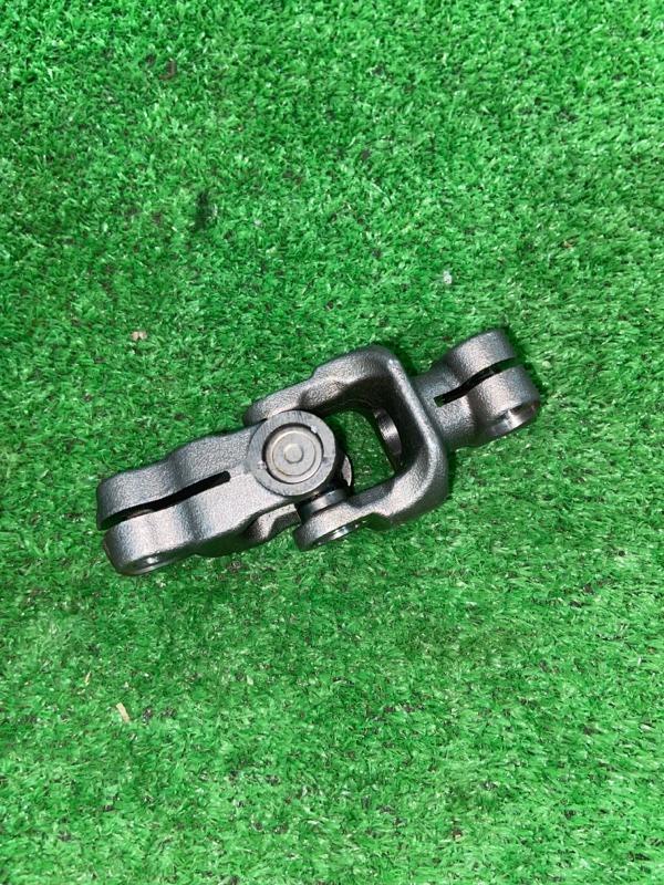 Рулевой карданчик Toyota Aqua NHP10 1NZFXE 2014 (б/у)