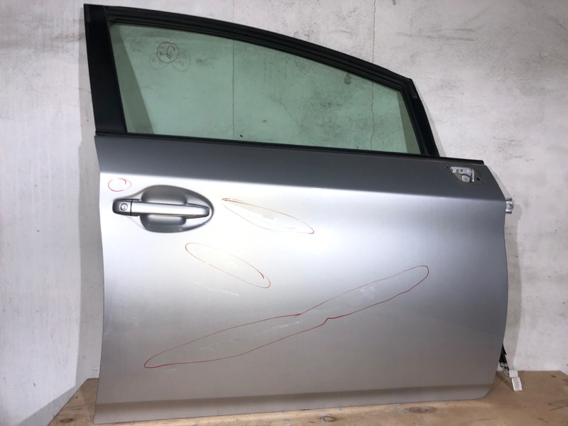 Дверь боковая Toyota Prius ZVW30 2ZR-FXE 2010.11 передняя правая (б/у)