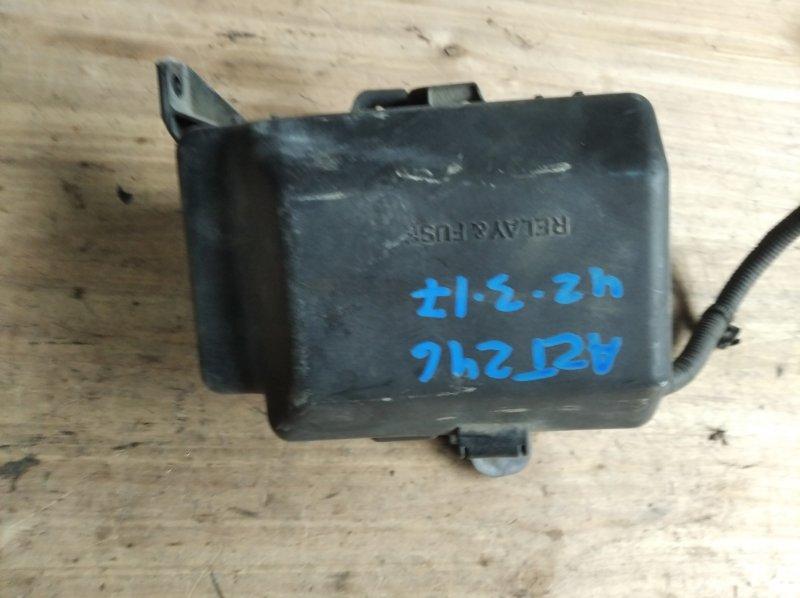 Блок предохранителей Toyota Caldina AZT246 1AZ-FSE (б/у)