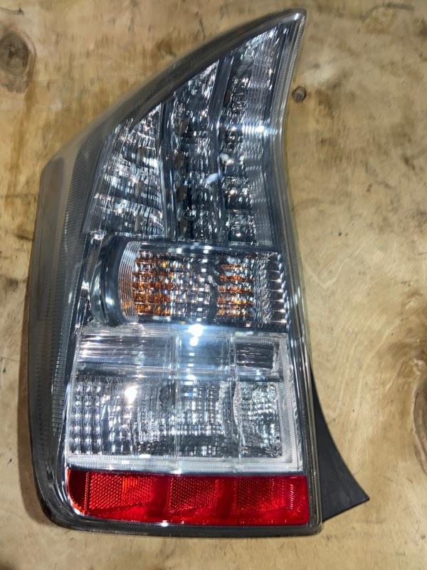 Стоп-сигнал Toyota Prius ZVW30 2ZR-FXE 2010.09 задний левый (б/у)