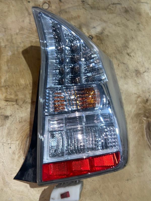 Стоп-сигнал Toyota Prius ZVW30 2ZR-FXE 2010.09 задний правый (б/у)