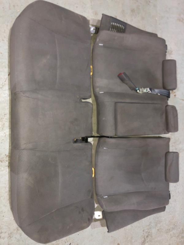 Сиденье Toyota Prius ZVW30 2ZR-FXE 2010.09 заднее (б/у)