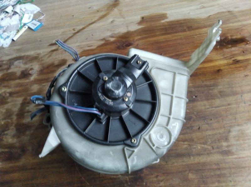 Мотор печки Toyota Hilux Surf KZN185 1KZ (б/у)