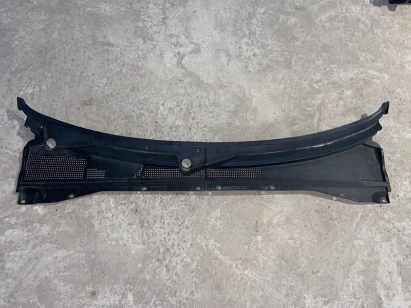 Решетка под лобовое стекло Ford Escape EP3WF (б/у)