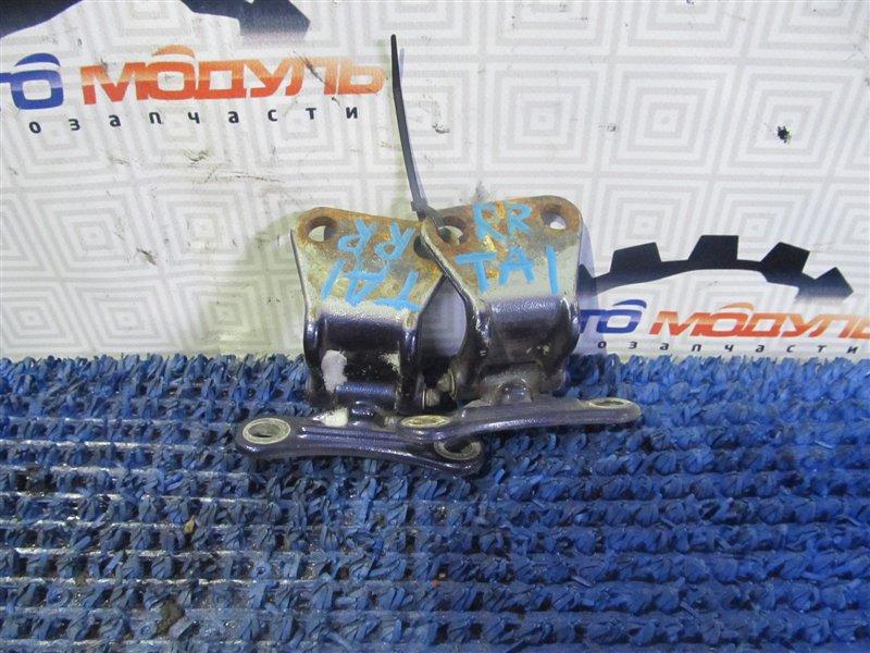 Петля дверная Honda Avancier TA1 задняя правая