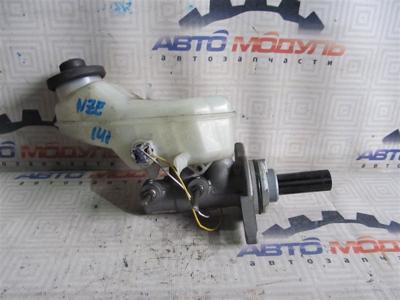 Главный тормозной цилиндр Toyota Corolla Axio NZE141