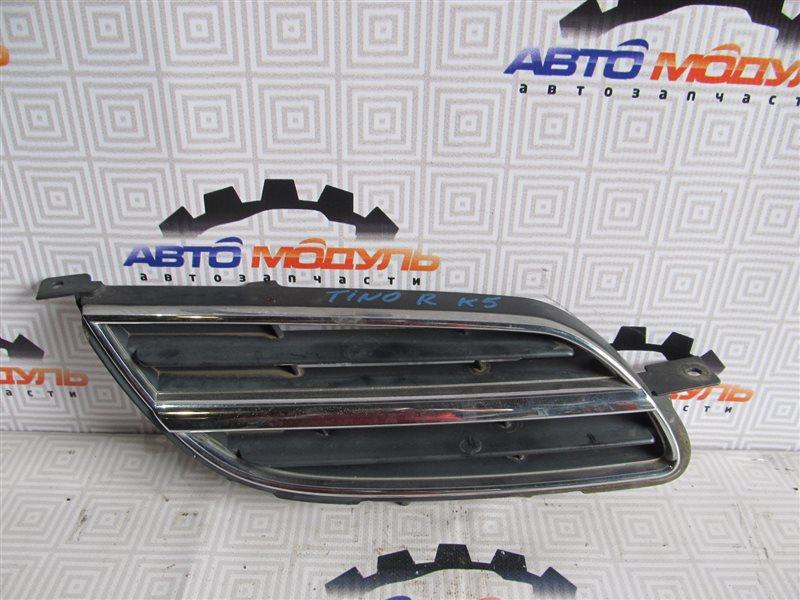 Решетка радиатора Nissan Tino NV10 правая