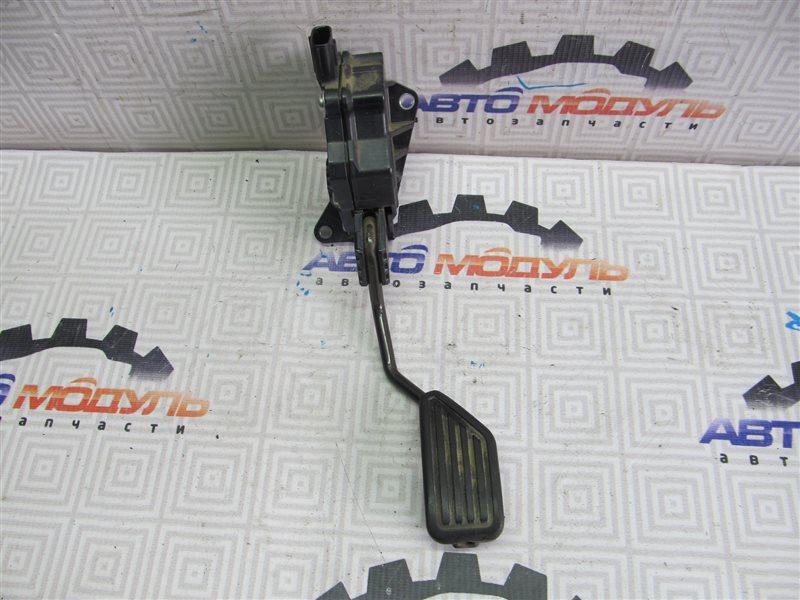 Педаль газа Toyota Ractis NCP100 1NZ