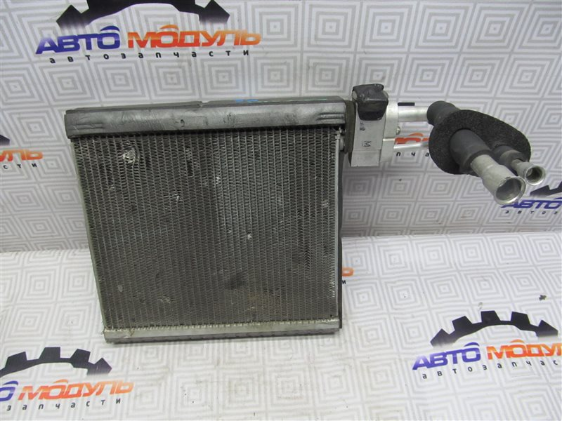 Испаритель кондиционера Toyota Caldina AZT241-0005592 1AZ-FSE 2002