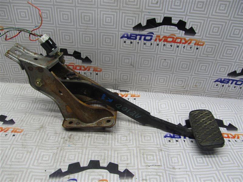 Педаль тормоза Toyota Sprinter AE100-7050961 5A-FE 1994