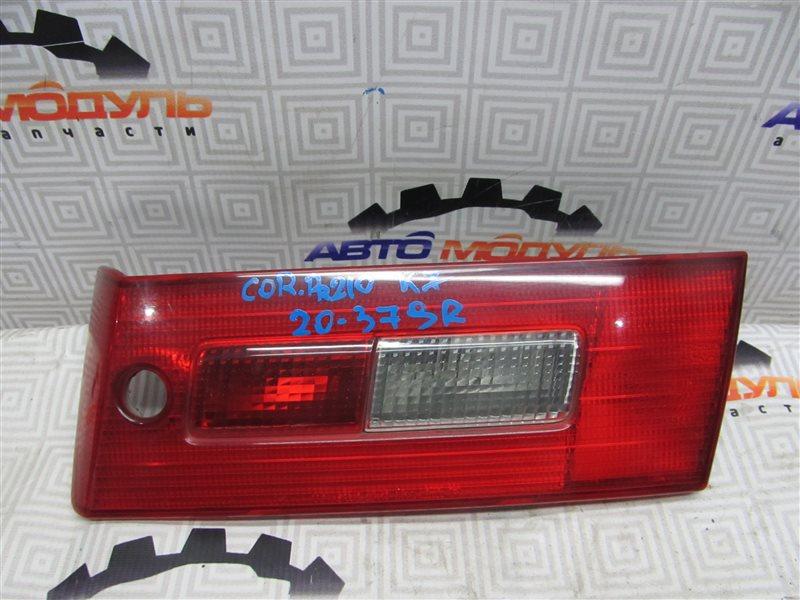 Стоп-вставка Toyota Corona Premio AT211 правая