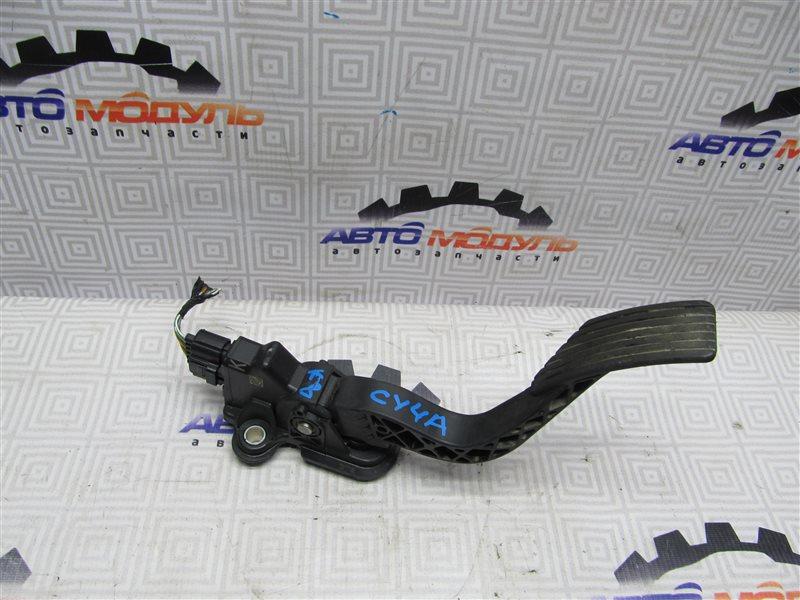 Педаль газа Mitsubishi Lancer X CY4A-0102857 4B11 2007