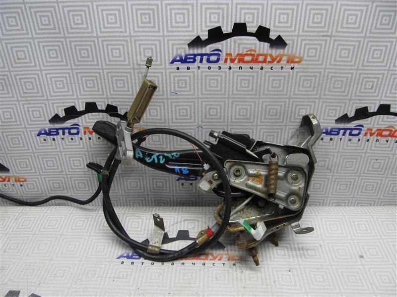 Педаль стояночного тормоза Toyota Premio AZT240-0013364 1AZ-FSE 2002