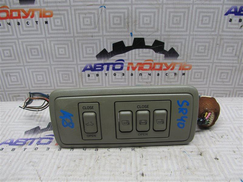 Блок управления люком Toyota Town Ace Noah SR40-0147032 3S-FE 1999