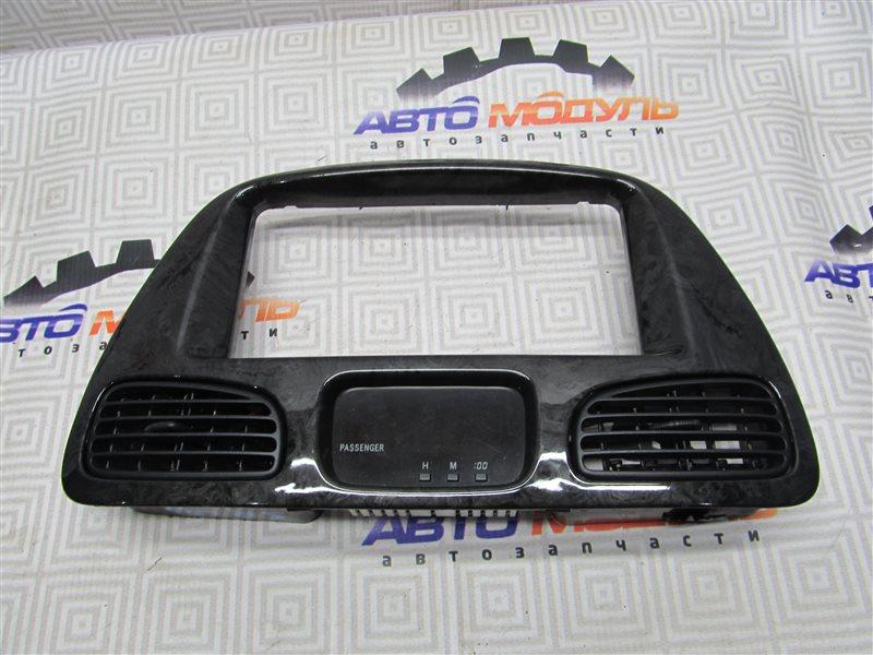 Консоль магнитофона Toyota Town Ace Noah SR40-0147032 3S-FE 1999