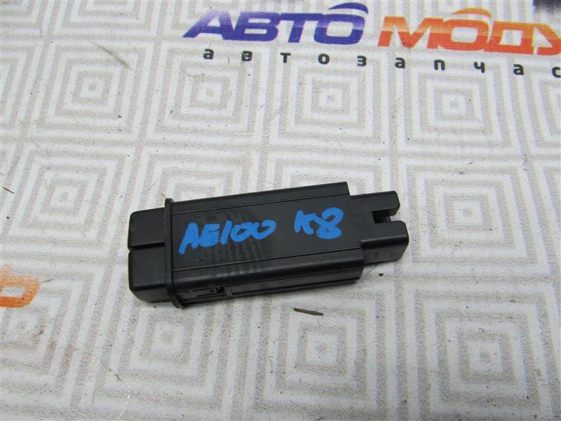 Кнопка Toyota Sprinter AE100-7050961 5A-FE 1994