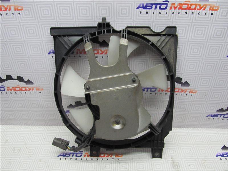 Диффузор радиатора Nissan Rnessa N30