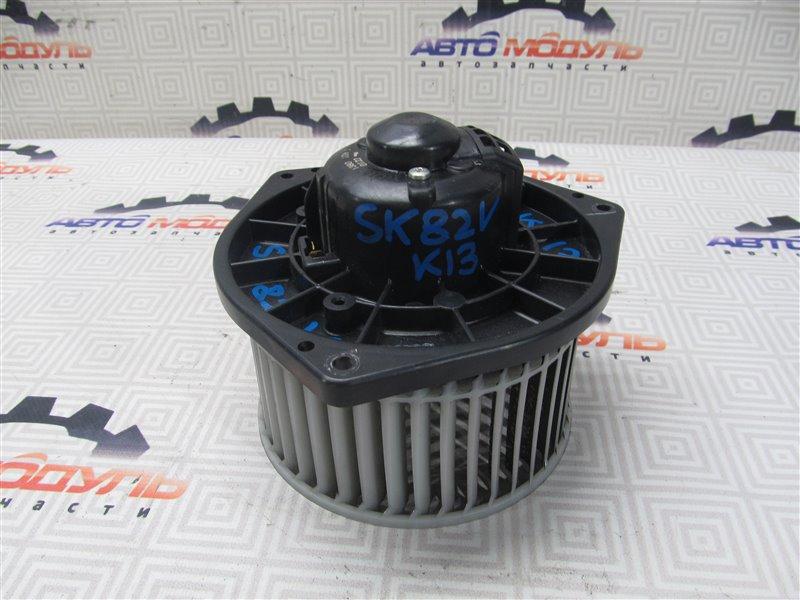 Мотор печки Nissan Vanette SKF2MN