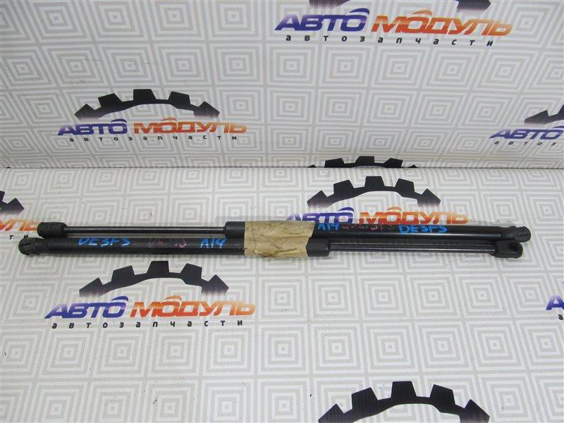 Амортизатор двери багажника Mazda Demio DE3FS задний