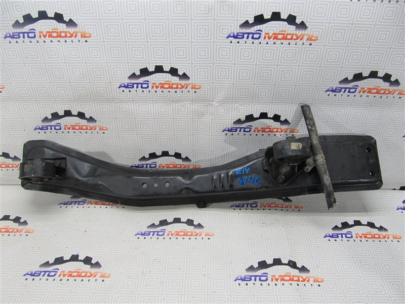 Балка под двс Toyota Vista SV40-0009488 4S-FE 1994 передняя