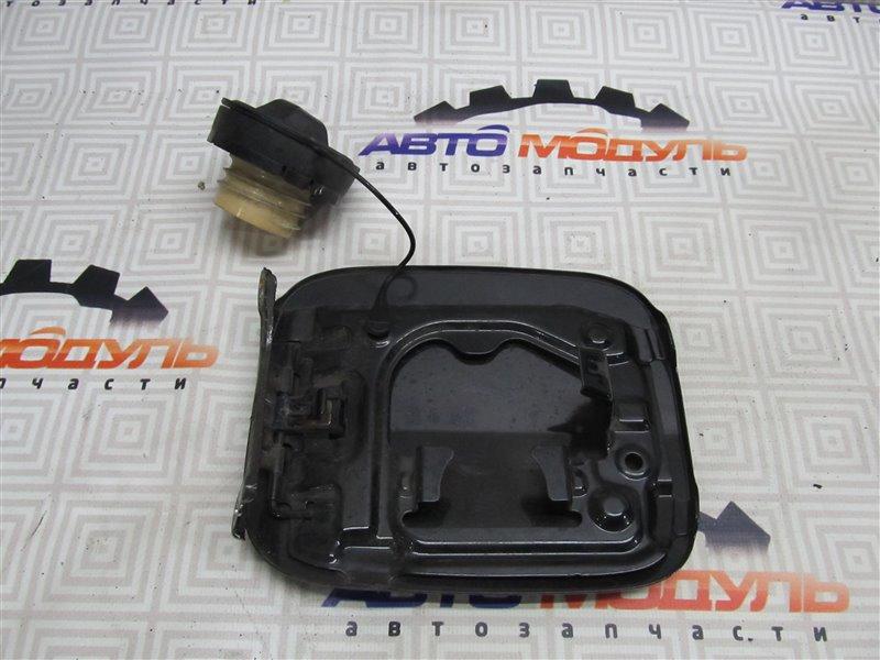 Лючок бензобака Toyota Avensis AZT250-0039505 1AZ-FSE 2007
