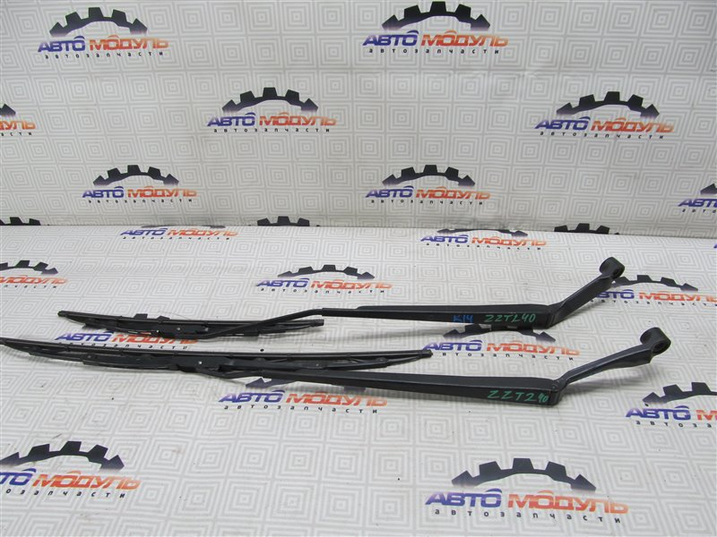 Дворник Toyota Premio ZZT240-0100823 1ZZ-FE 2005 передний