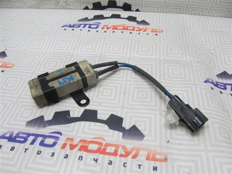 Блок управления вентилятором охлаждения Toyota Wish ZNE10-0252269 1ZZ-FE 2005