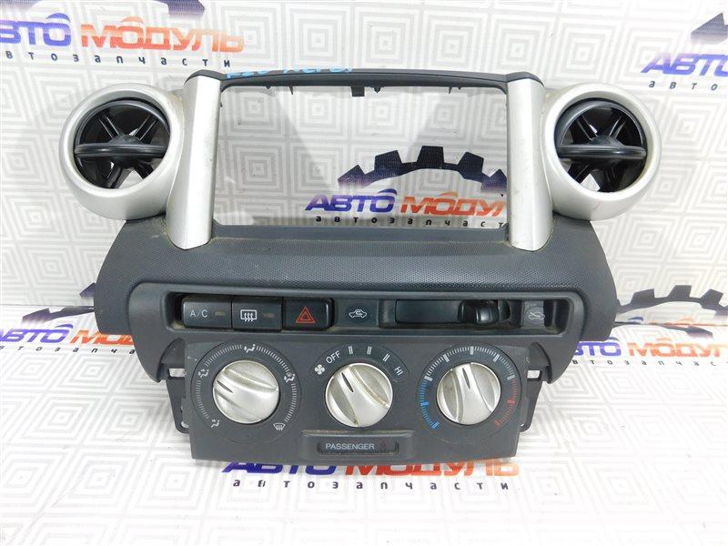 Блок управления климат-контролем Toyota Ist NCP60-0147905 2NZ-FE 2004