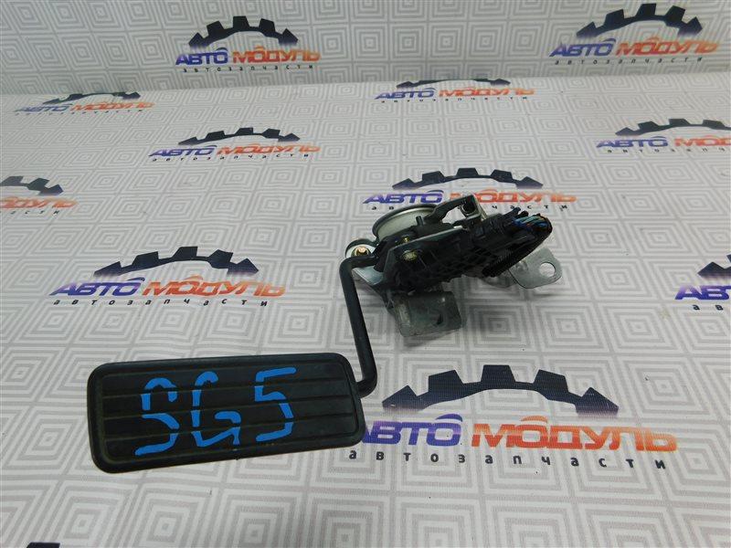 Педаль газа Subaru Forester SG5-004087 EJ205 2002