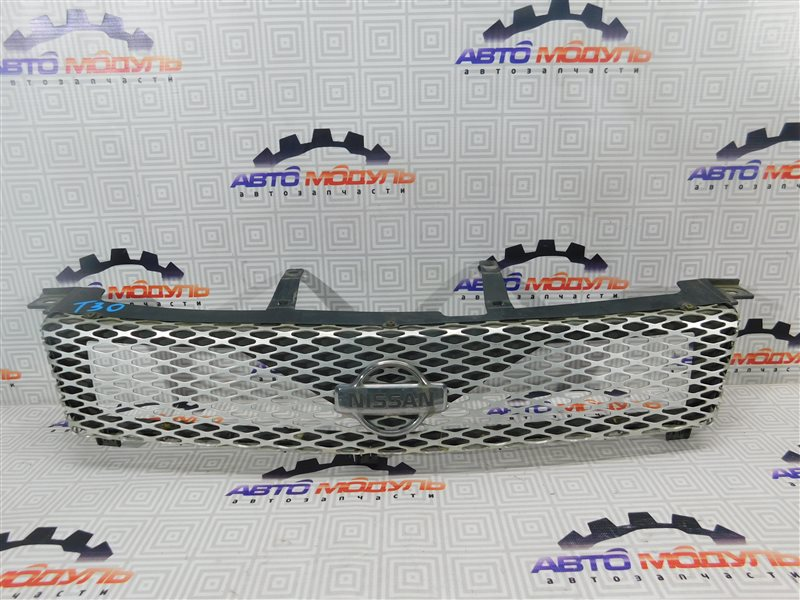 Решетка радиатора Nissan X-Trail T30