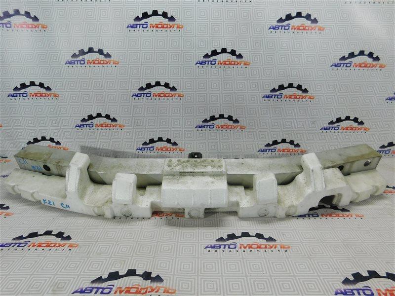 Усилитель бампера Nissan Tiida C11 передний