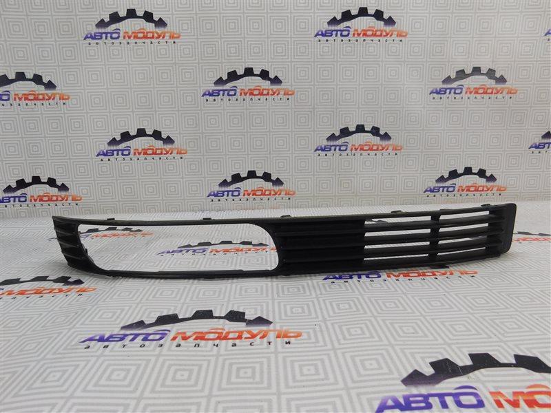 Решетка бамперная Mitsubishi Airtrek CU4W-0100389 4G64 2002 правая