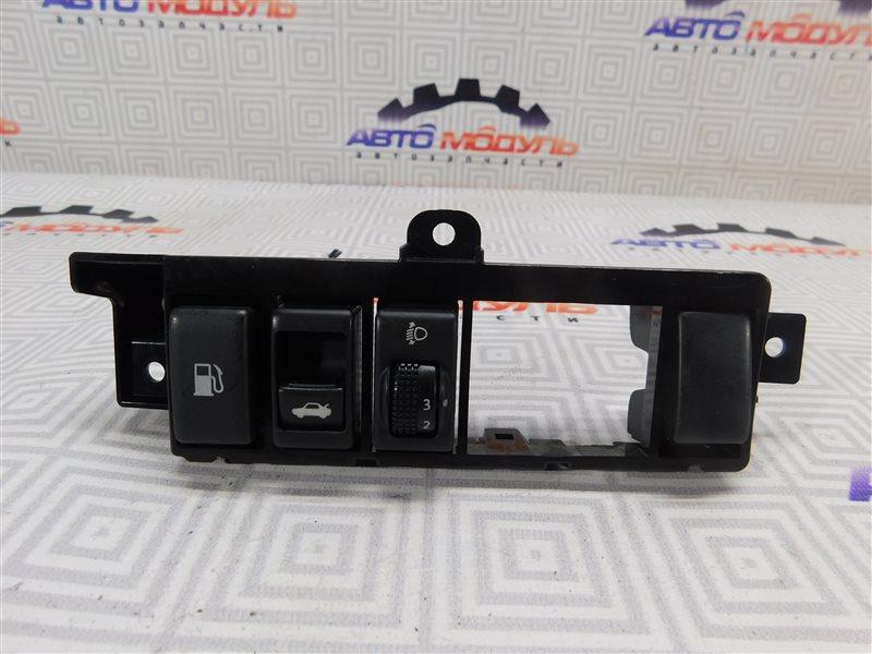 Кнопка корректора фар Nissan Teana J32-013317 VQ25-DE