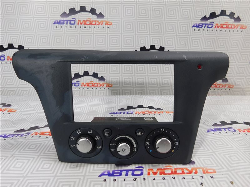 Блок управления климат-контролем Mitsubishi Airtrek CU4W-0100389 4G64 2002