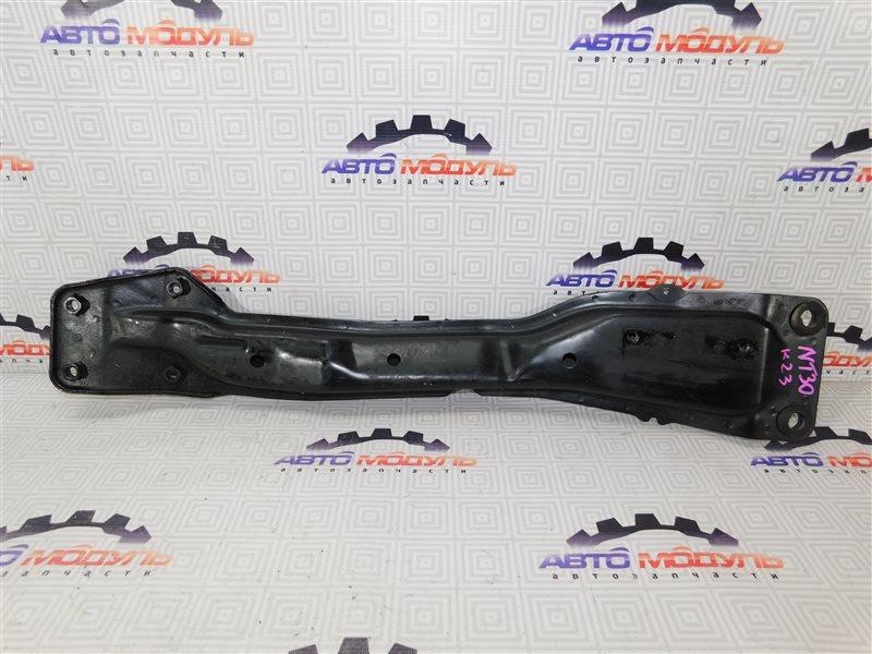 Балка под двс Nissan X-Trail NT30-303050 QR20-DE 2007 передняя