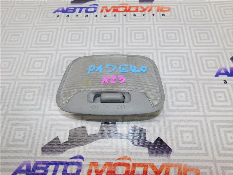 Плафон Mitsubishi Pajero V65W-0002221 6G74 2000 задний