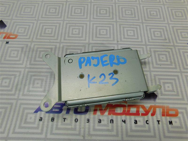 Блок управления Mitsubishi Pajero V65W-0002221 6G74 2000