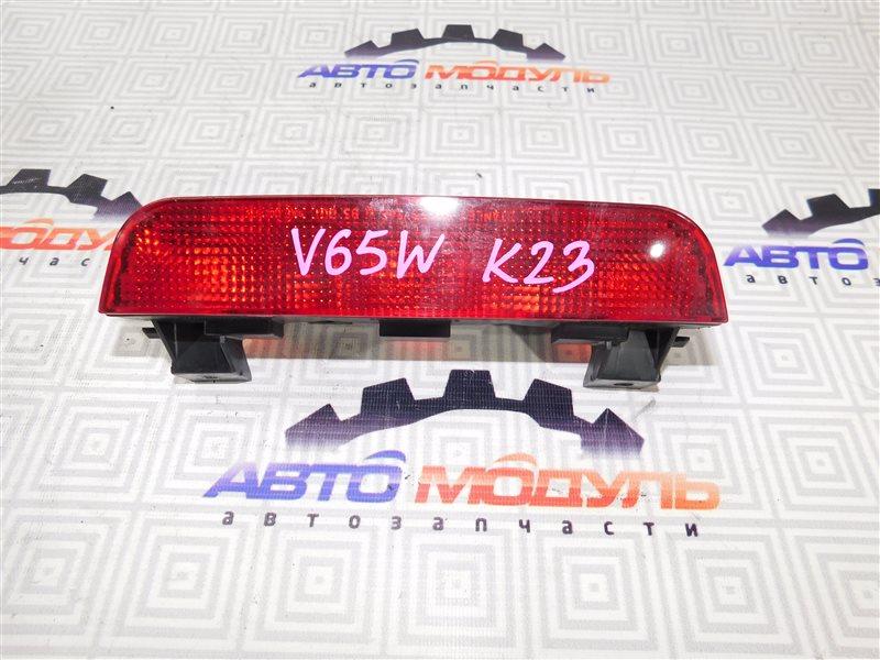 Стоп-сигнал в салон Mitsubishi Pajero V65W-0002221 6G74 2000