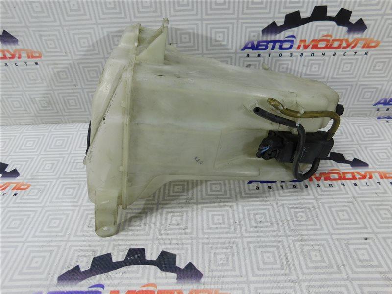 Бачок омывателя Toyota Ipsum SXM10-0075826 3S-FE 1997