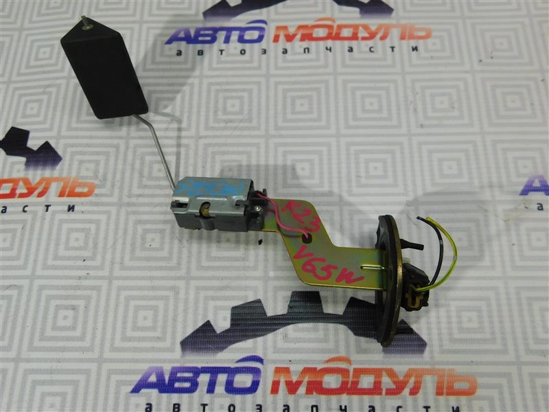 Датчик уровня топлива Mitsubishi Pajero V65W-0002221 6G74 2000