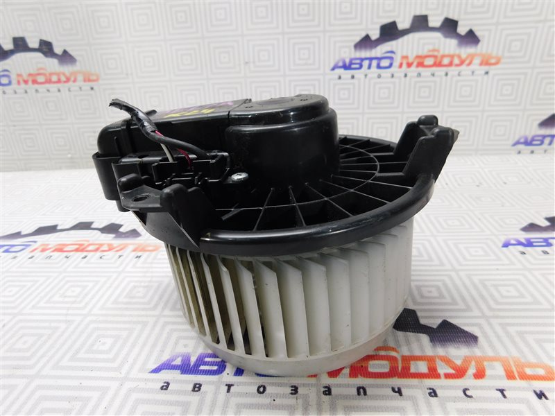 Мотор печки Toyota Belta KSP92