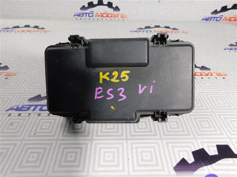 Блок предохранителей Honda Civic Ferio ES3-1001451 D17A 2001