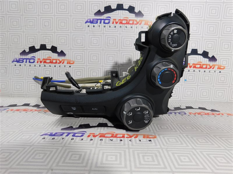 Блок управления климат-контролем Honda Fit GE6-1171609 L13A