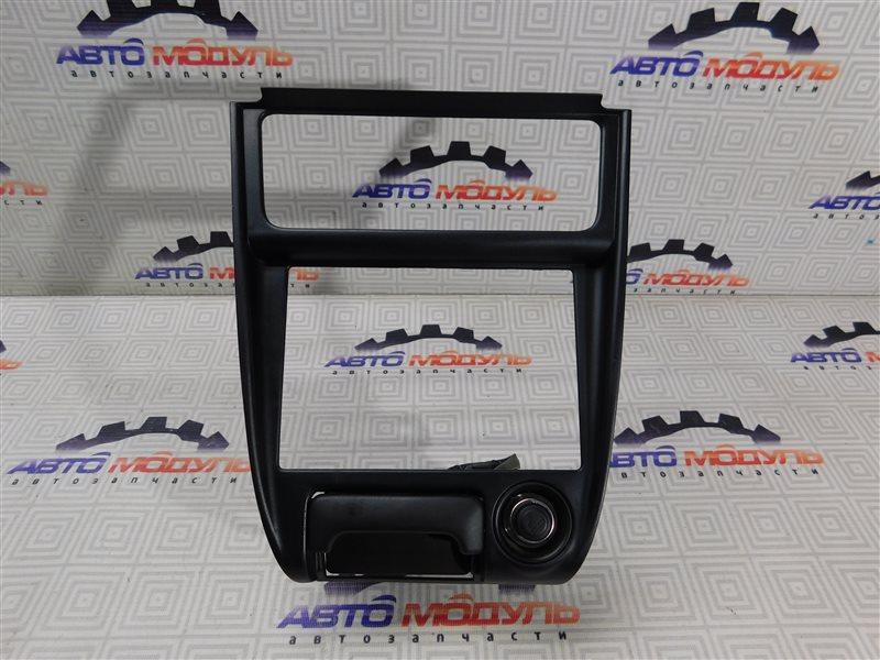 Консоль магнитофона Toyota Sprinter Carib AE111-7013083 4A-FE 1996