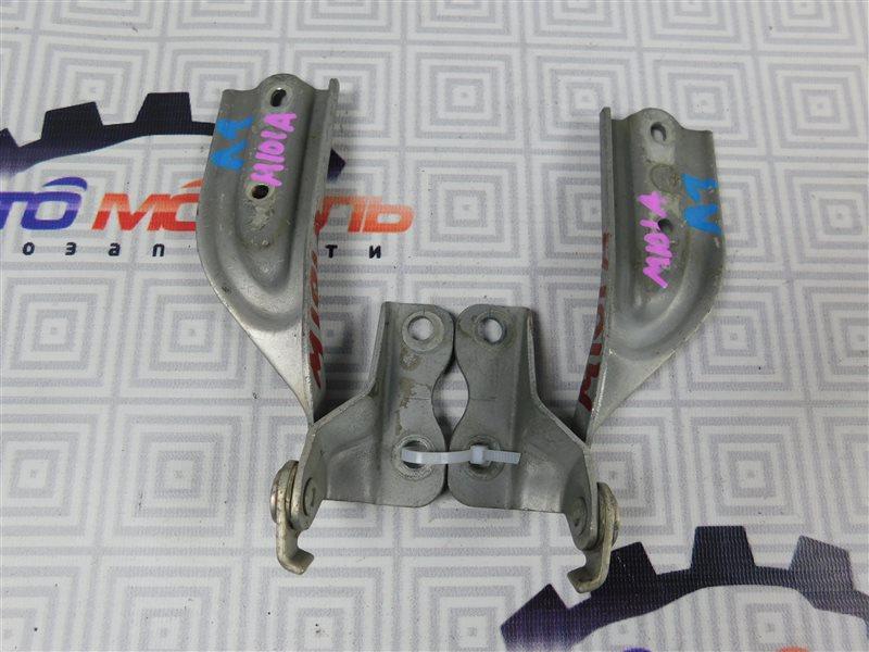 Петля капота Toyota Duet M100A