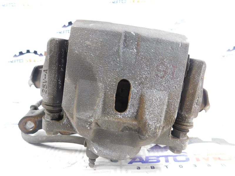 Суппорт Toyota Allion NZT240-0067585 1NZ-FE передний левый