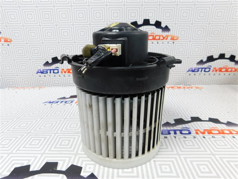 Мотор печки Nissan Latio N17-001657 HR12-DE 2012