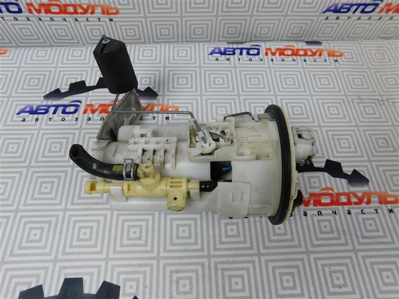 Топливный насос Toyota Isis ZNM10