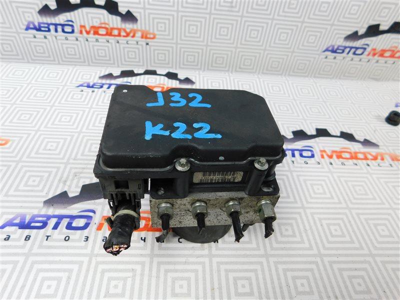 Блок abs Nissan Teana J32-013317 VQ25-DE